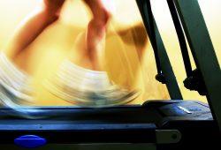 Fenomena Hedonic Treadmill Dalam Mencari Kebahagiaan