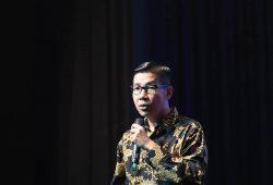 Belajar Dari Motivator Indonesia Ippho Santosa